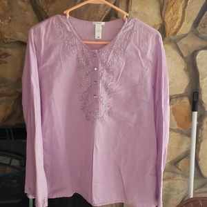 Bohp top lavender with 4 rhinestone buttons.